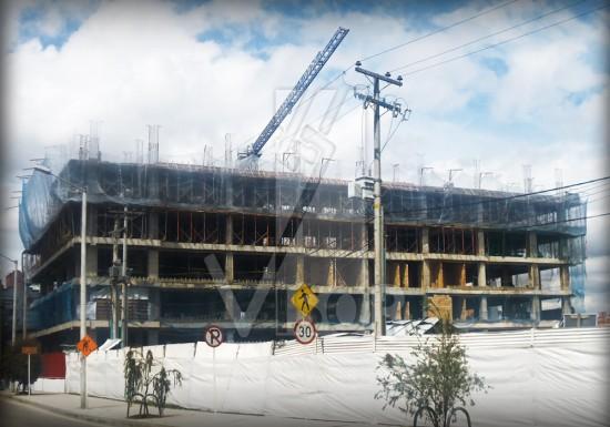 Visor-redes-de-seguridad-Edificio-Oficinas-Bavaria-Bogota-Colombia-Sistema-de-cierre-perimetral