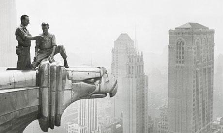 Seguridad Colectiva - Construcción del Chrysler Building cero muertos